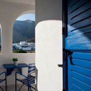santorini-studios-for-rent-20